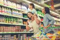 Family-in-the-supermarket