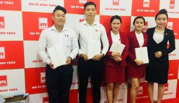 Lễ tổng kết hoạt động kinh doanh 6 tháng đầu năm của công ty Địa Ốc Minh Trần